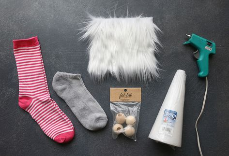 How to make Sock Gnomes for Valentine's Day {or any holiday!} - It's Always Autumn Sock Crafts, Cute Crafts, Holiday Crafts, Fabric Crafts, Felt Crafts, Sewing Crafts, Valentines Gifts For Him, Valentines Diy, How To Make Socks