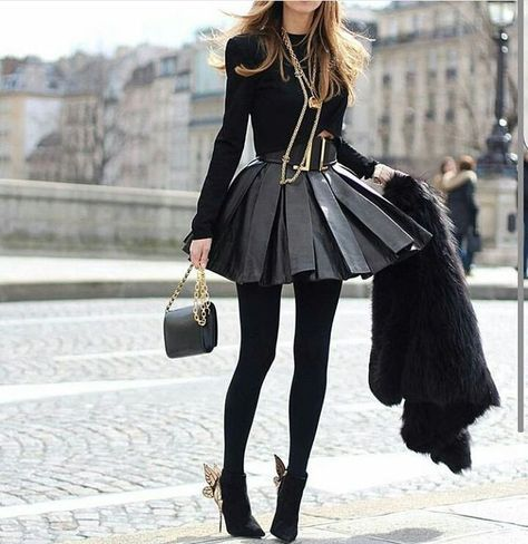 Club Outfits For Women | Clubbing Outfits | Nightclub outfits |  Winter clubbing outfits with leather pleated skirt #cluboutfit #cluboutfits #goingoutoutfit #goingoutoutfits #nightoutoutfit #nightoutoutfits