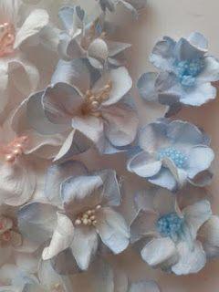 Papierowe Fantazje Ewqi Recznie Robione Kwiaty Z Papieru Paper Clay Flowers Floral