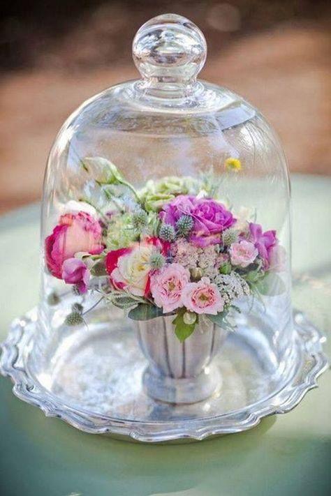 Floral arrangement centerpieces under a cloche / bell jar Glamour Decor, The Bell Jar, Bell Jars, Deco Floral, Floral Design, Cloche Decor, Wedding Jars, Wedding Ideas, Rustic Wedding