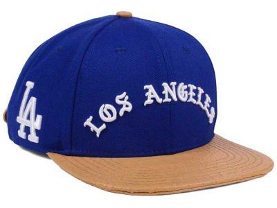 Los Angeles Dodgers Pro Standard MLB Old English Strapback