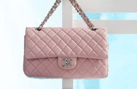 e2dbe9e68 História da Chanel 2.55   bolsas   Chanel, Chanel handbags e Purses