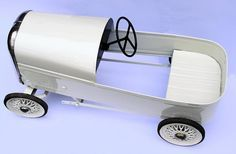 English Royal Prince Pedal Car by Triang 3