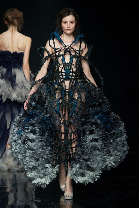 Yiqing Yin- The new Parisian designer obsession!Prepare to be amazed.
