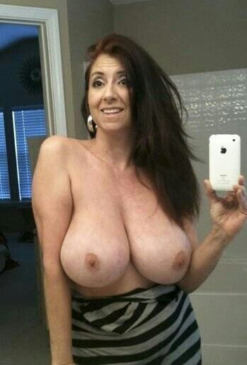 Mature Women With Huge Tits