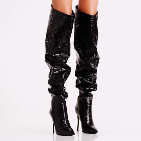 Super versatile, this boot can be worn over-the-knee or slouched down for a chic fashion moment