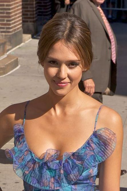 Pin By Alphee Thibodeau On Actress Jessica In 2019 Jessica Alba