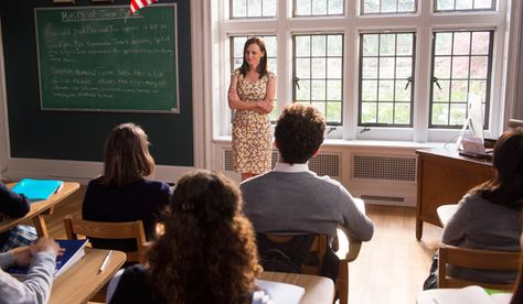Gilmore Girls: Seasons (Season 8) first look. ASP has said that the writers of Season 7 took Rory in a direction ASP had not envisioned for her. By the looks of it, Rory seems to now be teaching at Chilton - teaching literature does seem more Rory to me than the journalist thing ever did