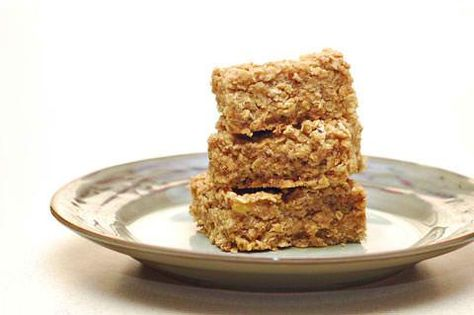 Healthy Peanut Butter Banana Oatmeal Bars - good, the kids liked these