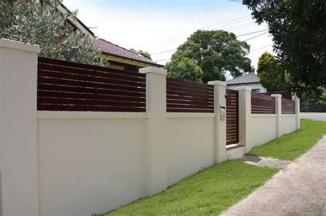 Iron Topped Wall Concrete Fence Wall Concrete Fence Fence Design