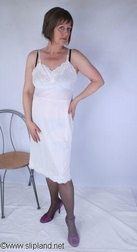 Pin By Patrice Debruyne On Slipland Gallery Dresses White Dress Lady