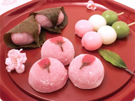 All you need to know about Sakura the most important symbol of Japan Japanese Cake, Japanese Snacks, Japanese Sweets, Cute Desserts, Asian Desserts, Gourmet Desserts, Health Desserts, Plated Desserts, Kawaii Dessert