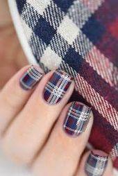 winter nail art that look gorgeous #winternailart - #gorgeous #winter #winternailart