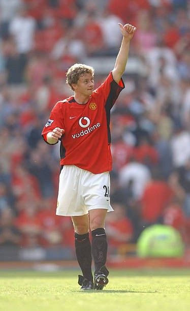 Pin By Red Devils On Manchester United Season 2002 03 In 2020 Man Utd Squad Manchester United Manchester