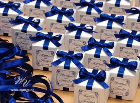 Blue personalized Wedding bonbonniere - White candy box with satin ribbon, bow and custom names - Wh