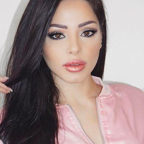 Wearing @lacontessa_lashes mink lashes 💕