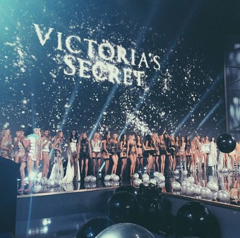 The wonderful Victoria's Secret show! on We Heart.