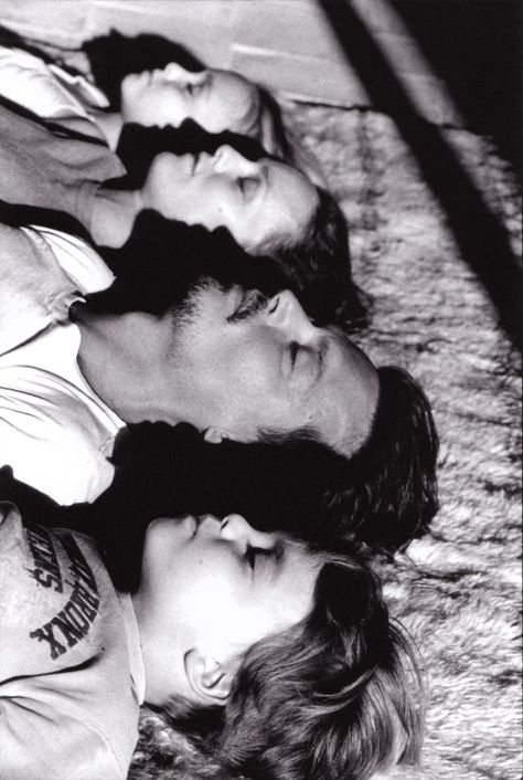 Johnny Depp and his family.  I thought this was an interesting way to photograph a family <3