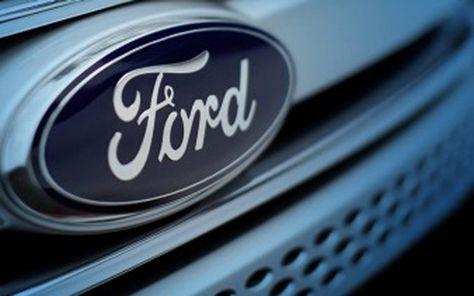 La empresa Ford Motor anunció el retiro de aproximadamente 26.400 vehículos de los años 2011, 2013 y 2015, de los modelos F-650 y F-750 en América del Norte por una cuestión de cumplimiento de seguridad con FMVSS 210 respecto anclaje del cinturón de seguridad. En estos vehículos, el acompañante y los cinturones de seguridad y...
