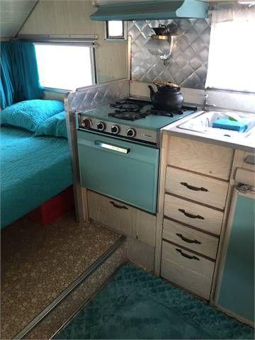 1965 Aristocrat Lo Liner Travel Trailer 15 Ft Thousand Oaks Ca Vintage Camper Vintage Camper Interior Camper Interior