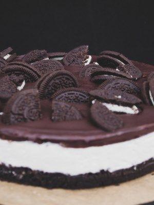 Vegane Oreo Torte No Bake Mit Sahne Streichcreme Fullung Rezept Kuchen Ohne Backen Leckere Vegane Rezepte Oreo Torte