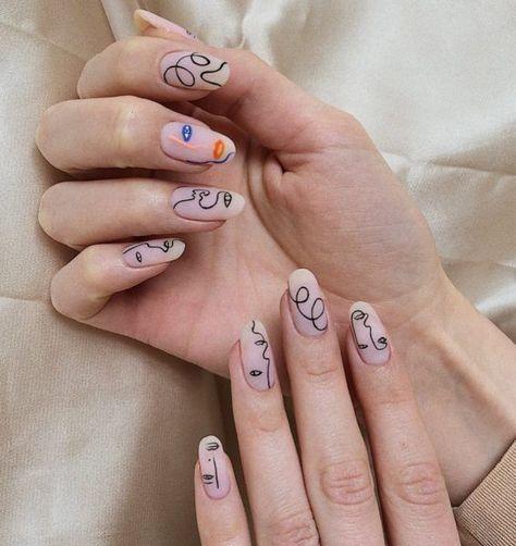 Diese abstrakten Nägel übernehmen Social Media