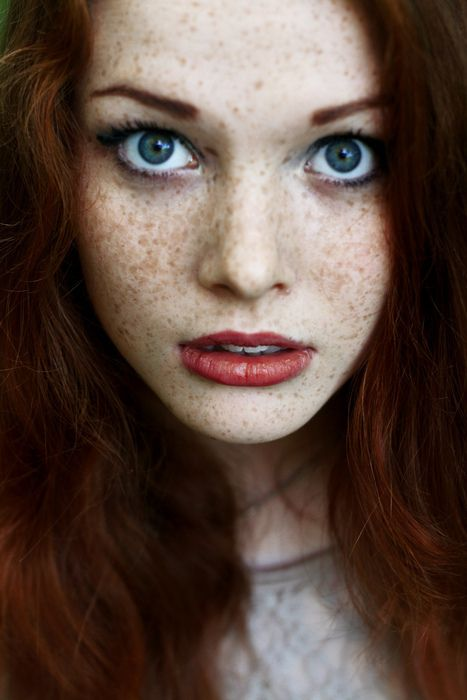 stunning makeup and freckles.