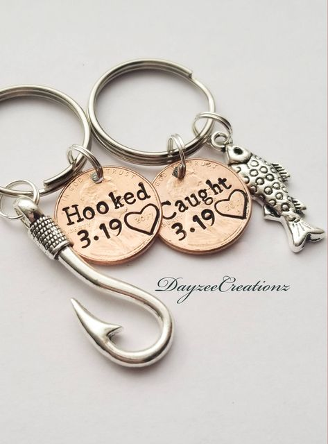 Personalized Penny Keychain Anniversary Gift for Men Girlfriend Boyfriend Husband Him Her 7 Year Copper Wife Couples Valentines Anniversary Gift Ideas For Him Boyfriend, Cute Boyfriend Gifts, 1 Year Anniversary Gifts, Bf Gifts, Couple Gifts, Teacher Gifts, Boyfriend Girlfriend, Funny Gifts, Country Boyfriend Gifts