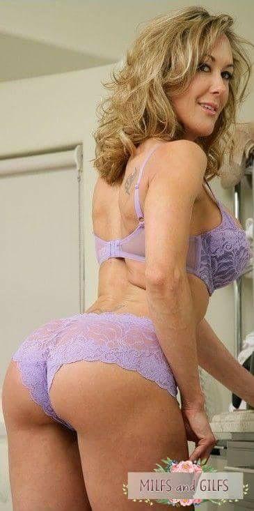 Blonde stewardess porn