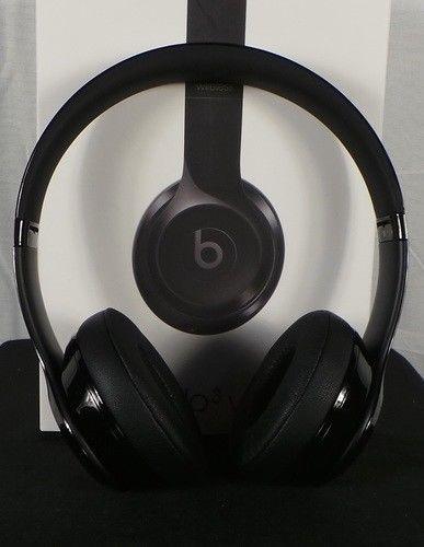 Beats By Dr Dre Beats Solo3 Wireless On Ear Headphones Gloss Black Beats Black Gloss Headphones Wireless Headphones Gloss Black In Ear Headphones