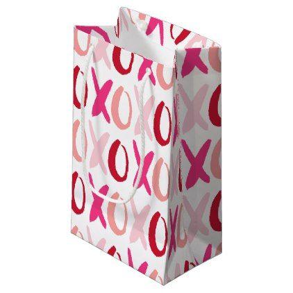 7f731dbe9f178 Sweet XOXO Pattern Small Gift Bag | Zazzle.com | Valentine's Day ...