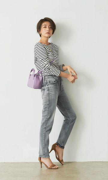 ショートヘア 春夏コーデ ショートに似合う今年のデニムスタイル Oggi Jp デニムスタイル ファッション ファッションアイデア