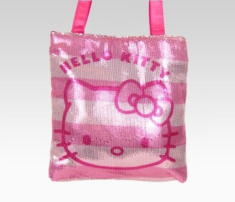 How cute is this tote?! Great way to show your #SephoraHelloKitty STYLE!