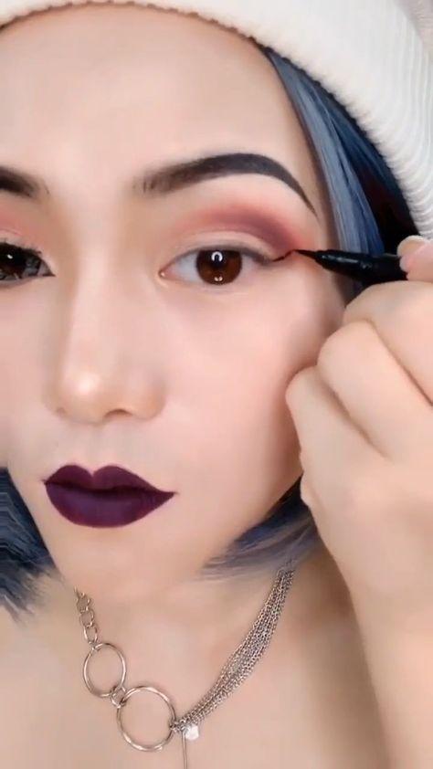 """Makeup tutorial eyeshadow, Eye makeup, Korean eye makeup, Dress makeup, Hair makeup, Asian makeup - Choosing Eye SHADOWCOLOR       You may be wondering, """"Howdo I choose a color that looksbest on me  -  #Makeuptutorial #eyeshadow"""