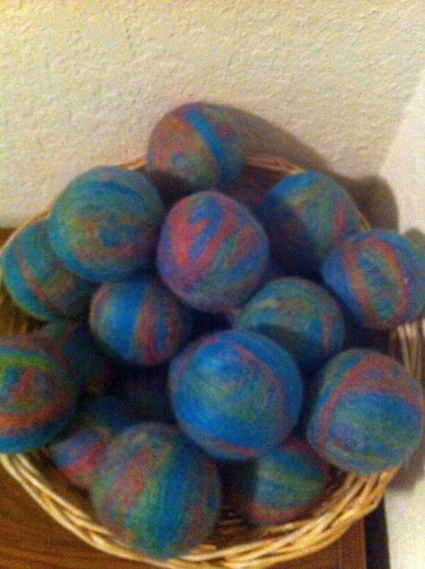 Set of 5 Rainbow Wool Dryer Balls (Seconds)