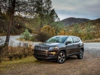 2020 Kia Sportage Vs 2019 Jeep Compass Comparison Kia Sportage Jeep Compass Sportage