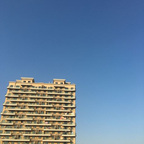 Blue blue sky.