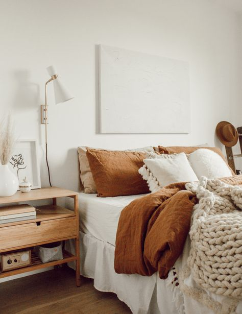 Here are some doable living room decor and interior design tips that will make your home cozy and comfortable for family and friends. Home Decor Bedroom, Master Bedroom, Bedroom Ideas, Bedroom Inspiration, Tan Bedroom, Earthy Bedroom, Bedroom Simple, Colour Inspiration, Painting Kitchen Cabinets