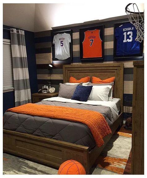 Boy Sports Bedroom, Teen Boy Rooms, Big Boy Bedrooms, Boys Bedroom Decor, Bedroom Themes, Boys Basketball Bedroom, Sports Themed Bedrooms, Bedroom Ideas, Basketball Room Decor