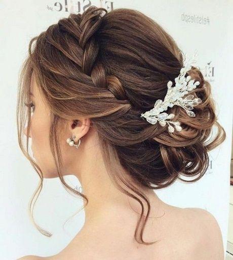 Pin Von Andrea Lewis Auf Wedding Hair In 2020 Flechtfrisuren Hochzeit Festliche Frisuren Mittellange Haare Frisur Braut