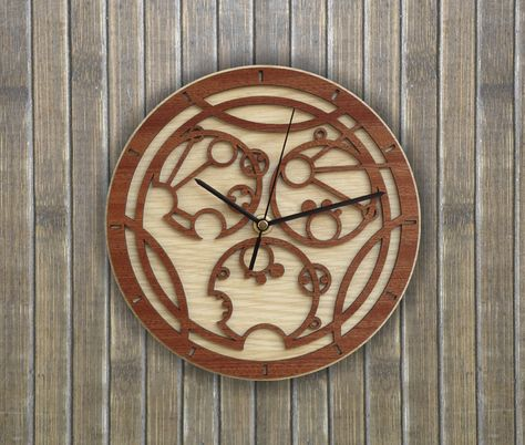 Handmade Gallifreyan wooden clock with your own name/phrase - Inspired by #DoctorWho.  Original and unique gift for friends. Worldwide Shipping. Available in:  www.woodentek.etsy.com . #ChristmasGift #DoctorWhoEdit #Gallifrey #HandMade
