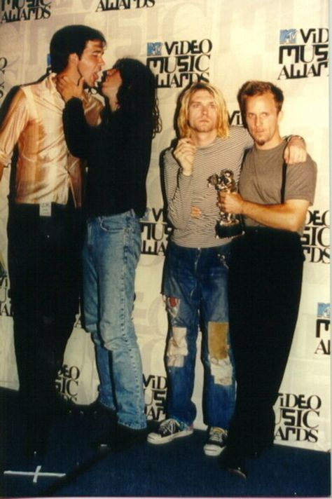 Don't mind krist and dave going at each other in the back :D