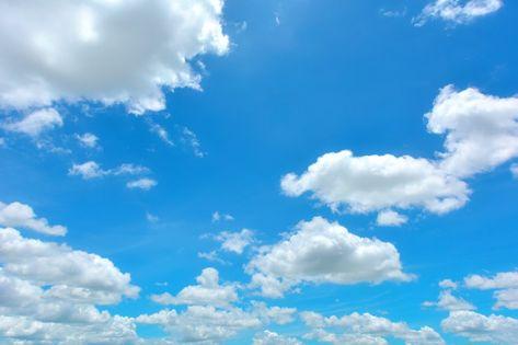 Wonderful blue sky and white clouds pano...   Premium Photo #Freepik #photo #summer #cloud #nature #blue
