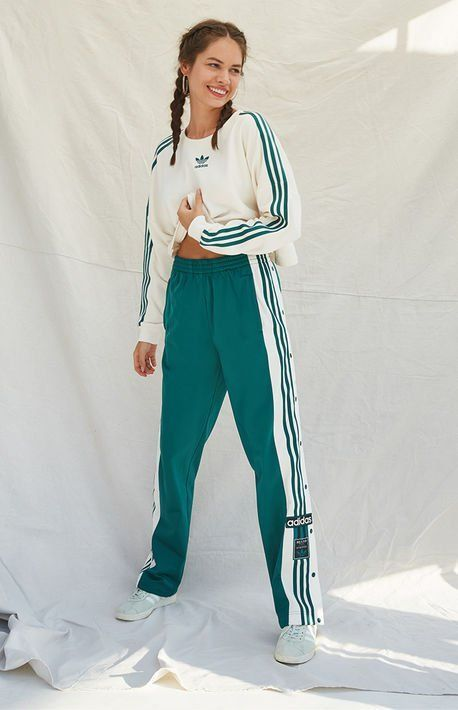 Green Track Pants en 2020   Moda de ropa, Pantalones de moda ...