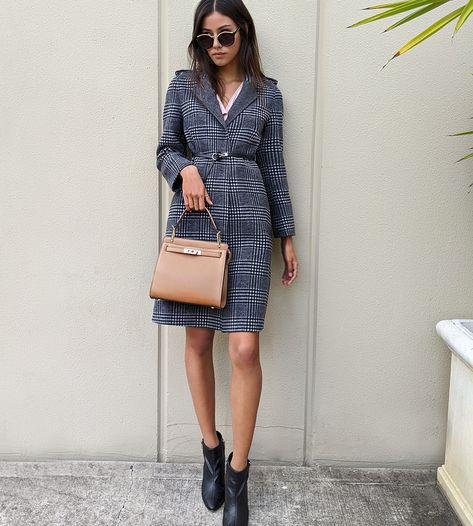 Mad for plaid 💘  #belleandbloom #woolcoat #plaidcoat #leatherbag #winterstyle