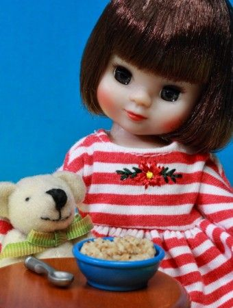 About Betsy McCall: Breakfast time  Tiny Betsy McCall 2012 Merry Christmas