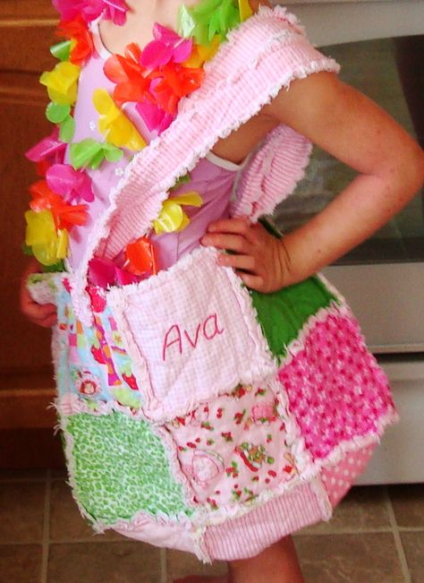 Rag Quilt Purse - I want to make one so bad!