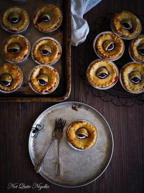 Halloween pies recipe @ Not Quite Nigella