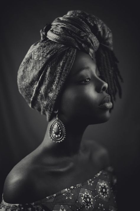 Lovely black and white photo.