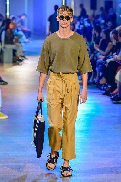Cerruti 1881 Spring 2019 Menswear Paris Collection - Vogue